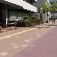 新開地駅周辺歩道:自転車道(神戸市)