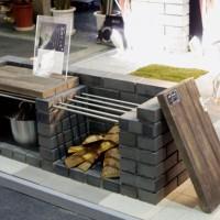 擬木を使用した防災ベンチ 蓋を取ればかまどに早変わり(オールドヴィレッジペイバー)