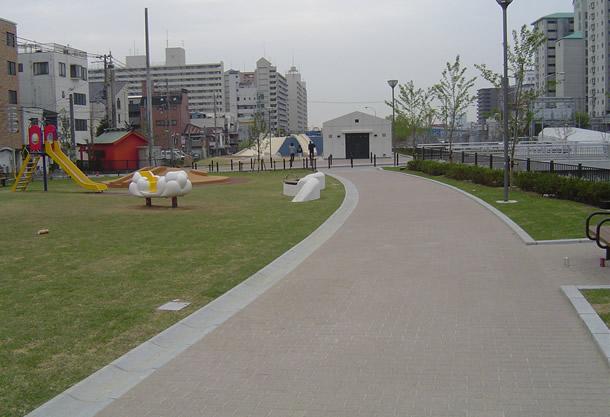 生田川公園(神戸市/フランパムG)