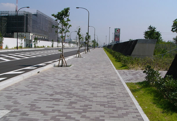 港島中町8丁目歩道(神戸市/アンティックカラー)