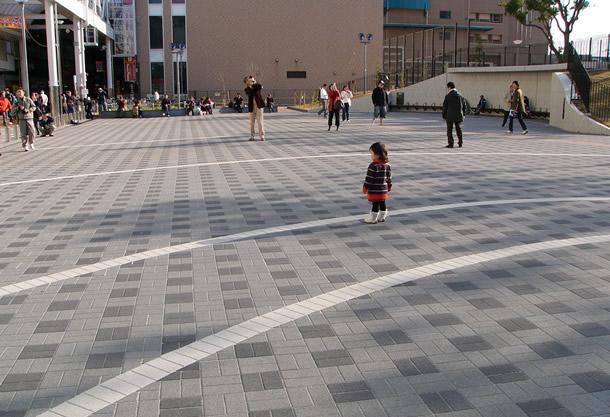 若松公園(神戸市/グランパムH・スタンダードカラー透水)