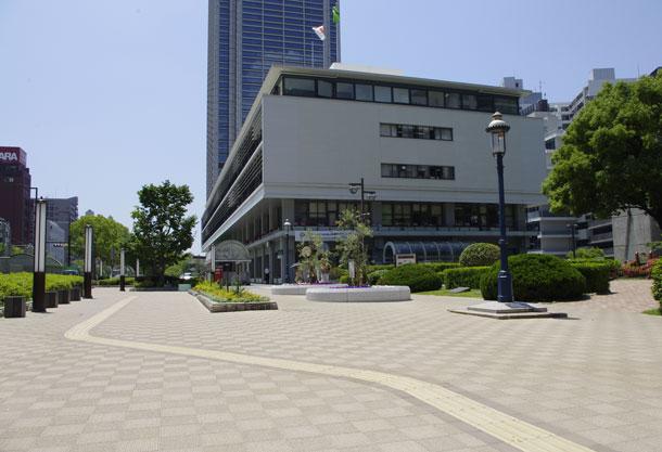 フラワーロード:神戸市役所前(神戸市/ハートランドペイブ)
