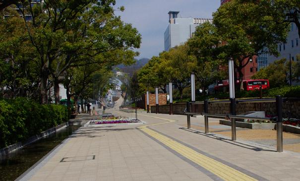 フラワーロード:東遊園地(神戸市/ハートランドペイブ透水)