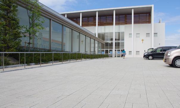 夙川学院ポートイアランドキャンパススポーツ棟(神戸市)